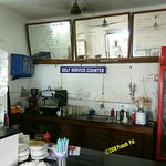 Le Cafe Restaurant - Self service counter