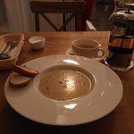 Крем-суп, чай и вареники со сметаной обошлись мне в 540 рублей