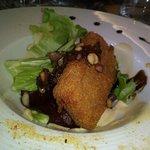 St nectaire pané pignons salade verte