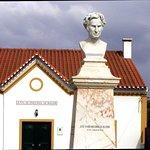 Busto de José Xavier Mousinho da Silveira