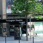 English Theatre resmi