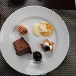 Dessert platter1