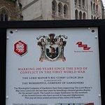 صورة فوتوغرافية لـ Guildhall