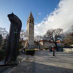Grgur Ninski Statue Foto