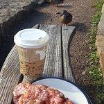 Photo de Coffee on the Rocks
