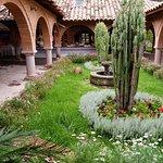 Alhambra Hacienda Restaurant resmi