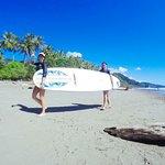 Φωτογραφία: Dominical Surf School