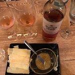 Vinho rosé delicioso. Entrada e jantar leve
