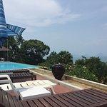 Koh Ngai Cliff Beach Resort Photo