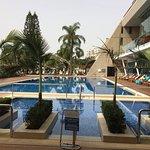 Der Pool mit vorgelagertem Jacuzzi