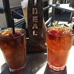 Photo de Ideal Bar & Grill