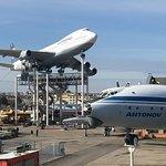 Boeing 747, Antonov