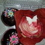 Strawberry Cheesecake Cupcake and Chocolate Balls