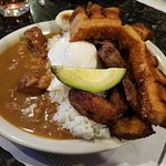 My favorite entree- MOUNTAIN PLATTER,yes it's for one person. Chicharron is covering up my steak