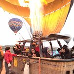 Persiapan menjelang hot air ballon take off