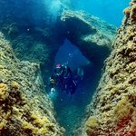 Dive in Tripiti cape, full with underwater passages and surprises