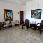 Sala de estar – Living Room | Hotel Los Pinos Managua, Nicaragua