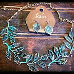 Patina Leaf Necklace Set