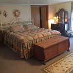 Canaan Oaks Bed & Breakfast Photo