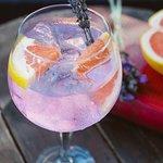 Ink gin tonica w/ lavender & grapefruit