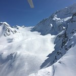 Heli boarding trip to Pigne d'Arrola with independen Snowboarding. What a great day with joy and