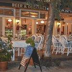 Osman's Place Gordon Restaurant by night