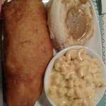 Alaskan Cod w/ mashed potatoes & gravy & mac n' cheese