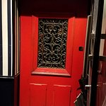 Photo de Little Red Door