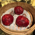 Mushroom dumpling with beetroot