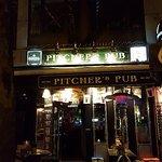 Pitcher's Pub Foto