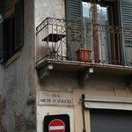 صورة فوتوغرافية لـ Romeo's House (Casa di Romeo)