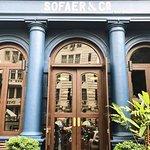 ภาพถ่ายของ Sofaer & Co