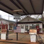 Billy Carter Gas Station Museum resmi