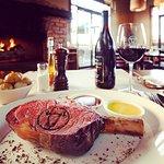 صورة فوتوغرافية لـ Smith & McKenzie Steak House