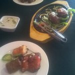 Sizzling mixed entree platter
