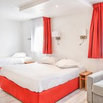 Hôtel Kyriad Nice Port