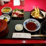 ชุดเทมปุระพร้อมซาชิมิ