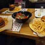 Duble Burgers