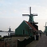 The best time to view Zaanse Schans is at dawn and dusk: avoid the tourists and soak in the cult
