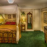 The Red Coach Inn Historic Bed and Breakfast Hotel Resmi