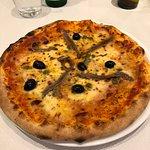 Pizza Napolitaine (garniture : encore un effort svp...!)
