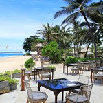 The Shore Restaurant & Bar offers casual beachfront dining