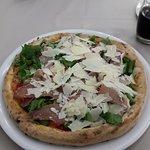 Foto di acqua e farina pizza e sfizi