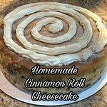 Homemade Cinnamon Roll Cheesecake