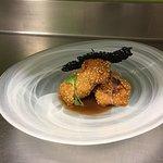 Calamarcito relleno de cebolla caramelizada