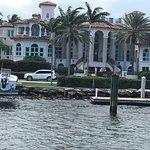صورة فوتوغرافية لـ Carrie B Cruises