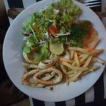 Foto de Black & White Restaurant