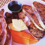 French Toast, bacon and sliced fruit