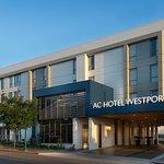 AC Hotel Kansas City Westport