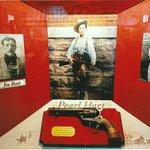 Peral Hart's gun